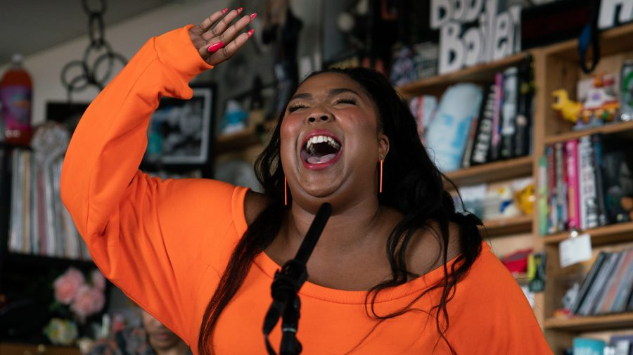 Lizzo+plays+a+Tiny+Desk+Concert+on+May+21%2C+2019+
