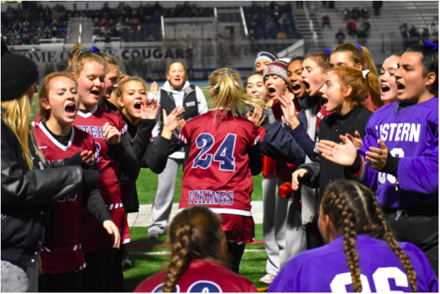 Defender+Kylie+Zielinski+high+fives+her+teammates+as+Eastern+gets+ready+for+their+ToC+Final+matchup+with+Oak+Knoll.+%28Ryan+Lawrence%2C+South+Jersey+Sports+Weekly%29